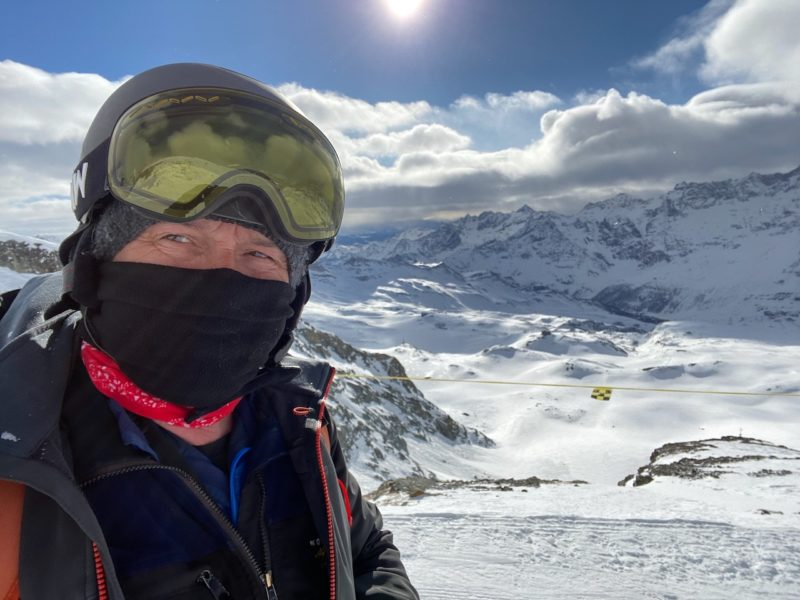 Face masks in the Alps